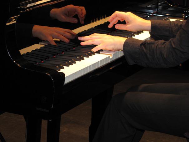 Hélène COUVERT, piano